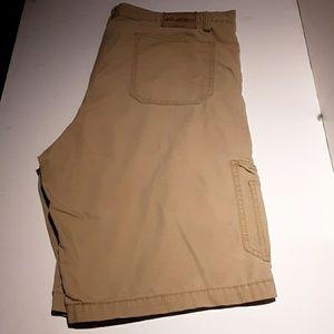 Levi tan cargo shorts size 42